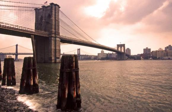brooklyn-bridge-of-new-york-city-linda-parker